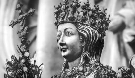 Sant'Agata e gli abiti dell'alta moda…