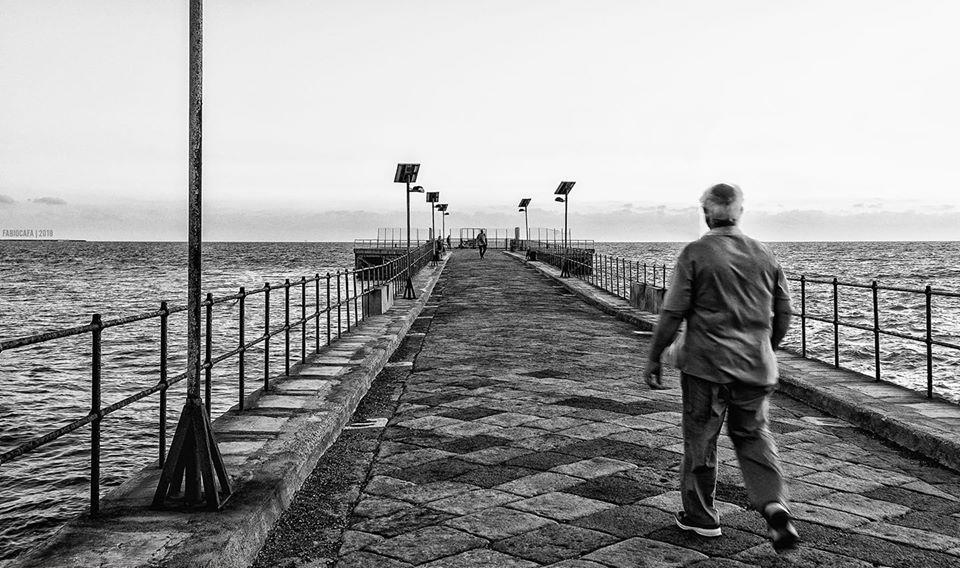 Gela una passeggiata sul pontile vecchio